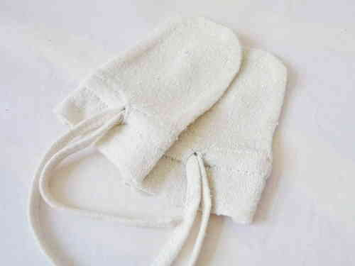 Baby mittens 100% pure silk by Alkena